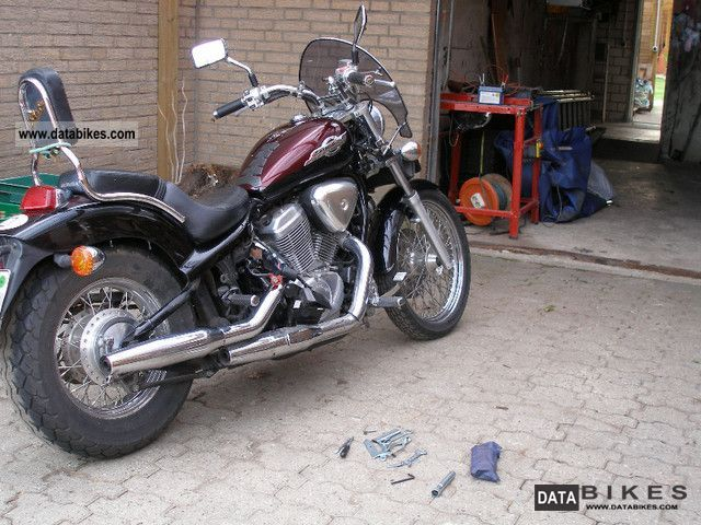 1996 Honda  Shadow VT 600 C Motorcycle Chopper/Cruiser photo