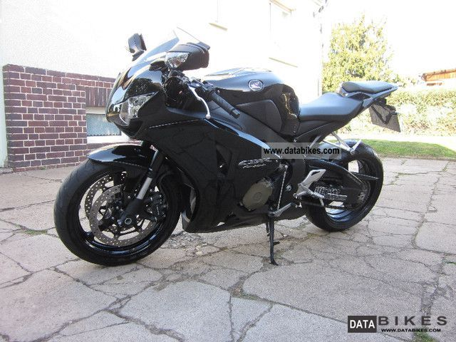 2008 Honda  Fireblade Motorcycle Sports/Super Sports Bike photo