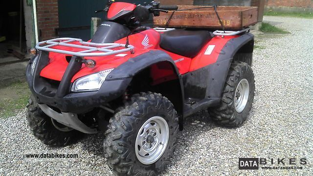 2004 Honda  Rincon 650 Motorcycle Quad photo