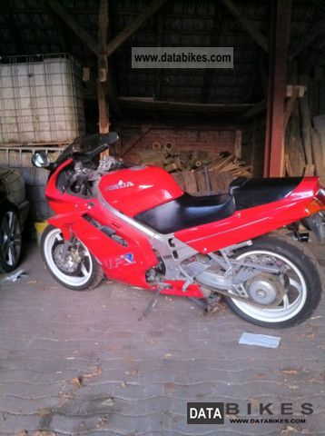 Honda  VFR 750 1990 Motorcycle photo