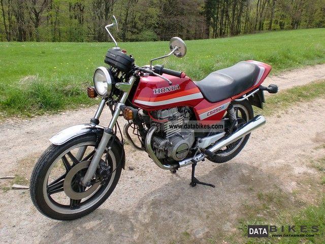1982 Honda  CB 250 N Motorcycle Naked Bike photo