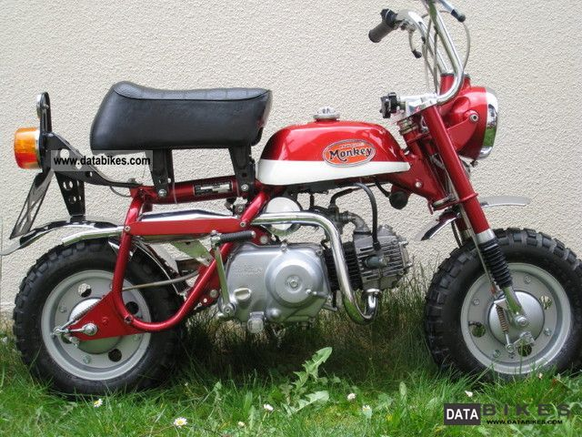 Honda  Monkey Z 50A 1974 Vintage, Classic and Old Bikes photo