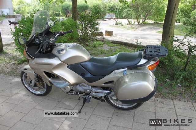 Honda  NT650V 2001 Tourer photo