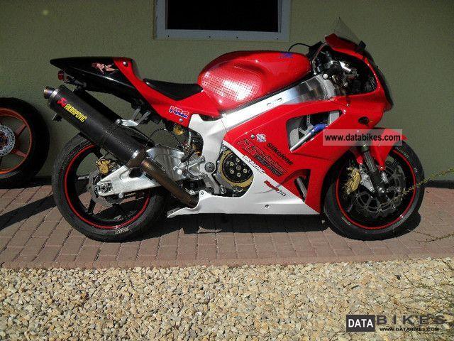 1999 Honda  VTR SP1 Motorcycle Racing photo