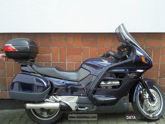 1993 Honda  Pan European Motorcycle Chopper/Cruiser photo