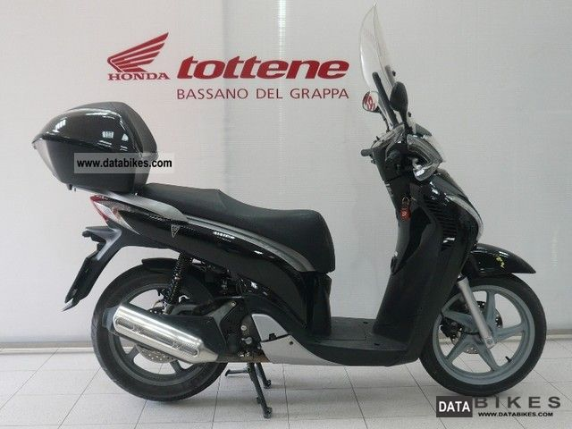 Honda  SH 150 ie 2009 Scooter photo