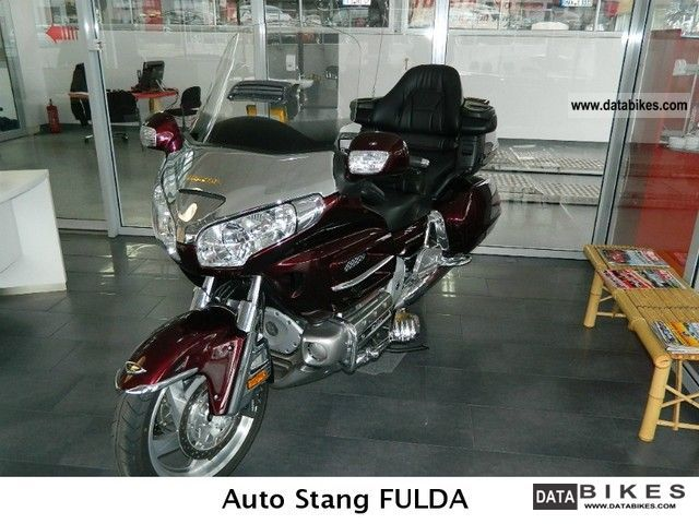 Honda  Goldwing Navi 1.8 + + + + + + airbag 2008 Tourer photo