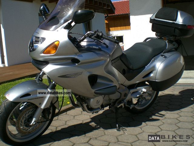 honda bikes and atv 39 s with pictures. Black Bedroom Furniture Sets. Home Design Ideas