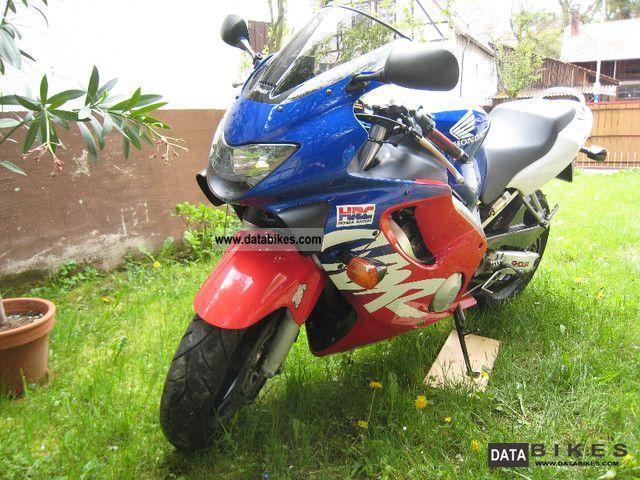 2000 Honda  CBR F-600 (PC 35) Motorcycle Sports/Super Sports Bike photo