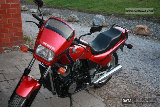1988 Honda  VT 500 E Motorcycle Naked Bike photo