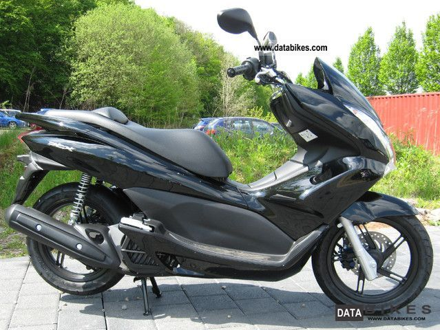 2012 honda pcx 125. Black Bedroom Furniture Sets. Home Design Ideas