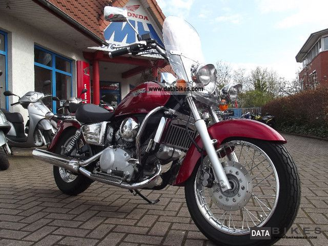 1999 Honda  VT125 with windshield / top condition Motorcycle Chopper/Cruiser photo