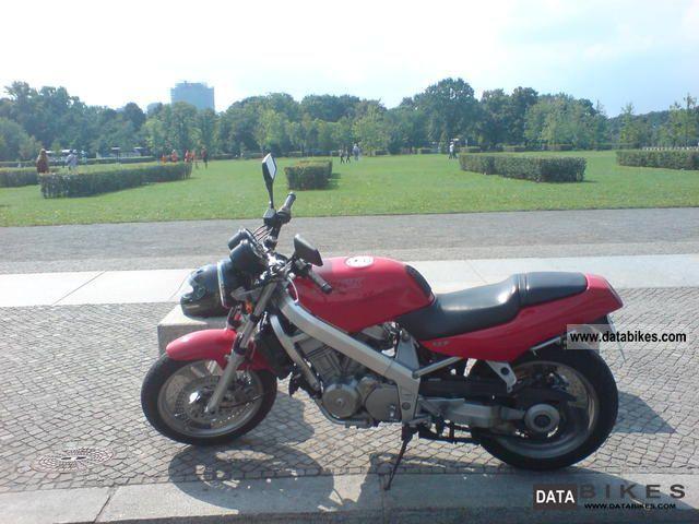 Honda  Hawk GT 647 1992 Naked Bike photo