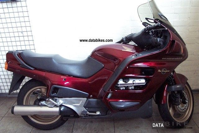2001 Honda  Pan European Motorcycle Tourer photo