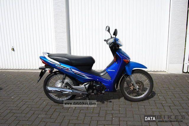 Honda  innova 125 2009 Scooter photo