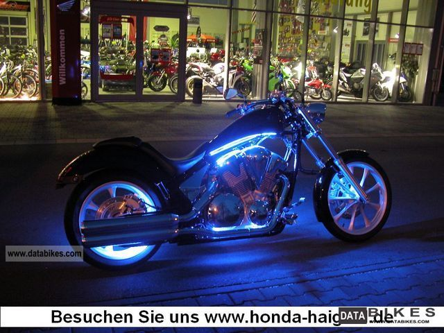 2011 Honda  VT1300 C-ABS Chrome package including € 1,240! Motorcycle Chopper/Cruiser photo
