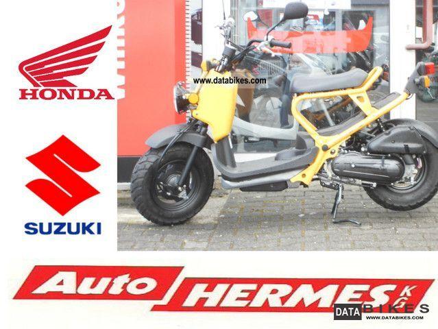 Honda  Zoomer 50 2011 Scooter photo