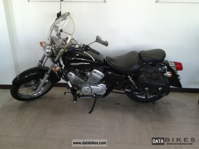 2008 Honda  VT125 Schadow, saddle bags, windshield Motorcycle Chopper/Cruiser photo