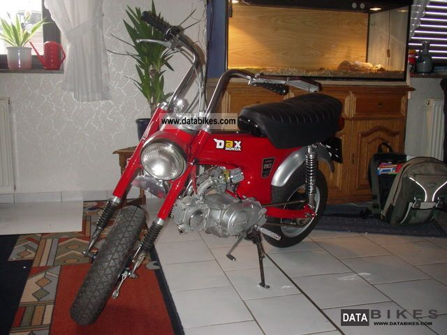 Honda  DAX original 1976 Vintage, Classic and Old Bikes photo