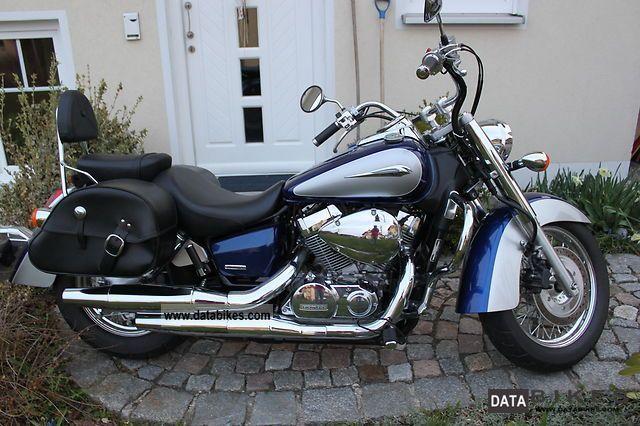 2011 Honda  VT 750 C Motorcycle Chopper/Cruiser photo