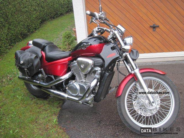 1996 Honda  VT 600 C Motorcycle Chopper/Cruiser photo