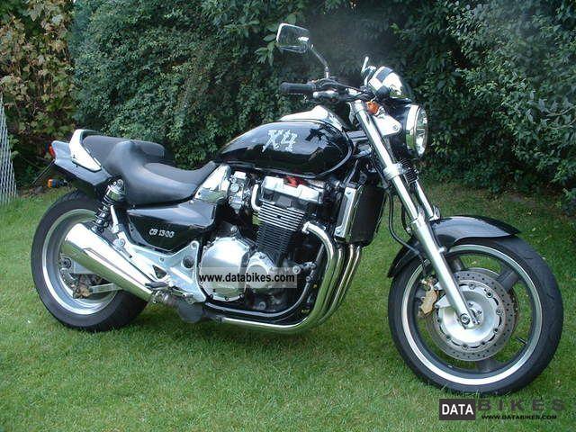 1999 Honda  X4 Motorcycle Naked Bike photo
