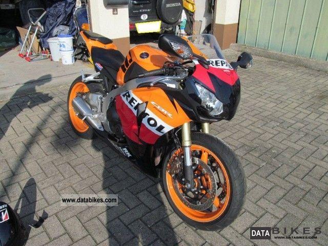 2011 Honda  Repsol CBR 1000 Motorcycle Sports/Super Sports Bike photo
