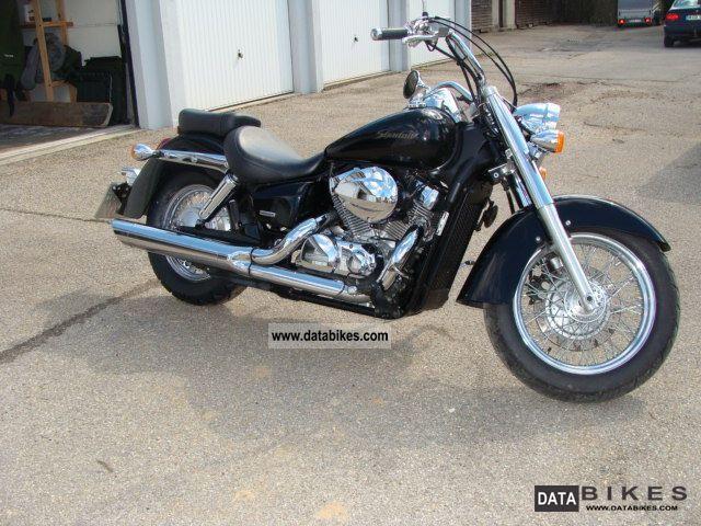 2006 Honda  VT 750 C Motorcycle Chopper/Cruiser photo