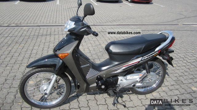 2011 Honda  ANF 125 Motorcycle Scooter photo