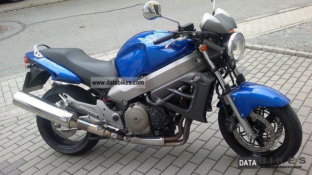 Gebrauchte und neue Honda X11 Motorräder kaufen