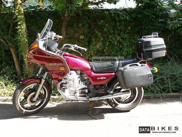 Honda  GL 500 1982 Tourer photo