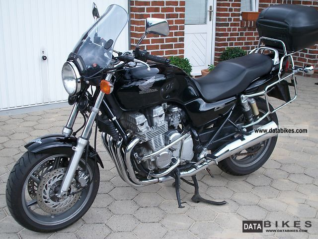 1994 Honda  CB750 Motorcycle Tourer photo