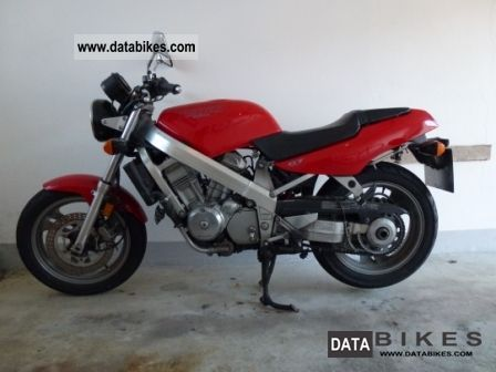 1993 Honda  NT 650 Hawk GT RC 31 Motorcycle Motorcycle photo