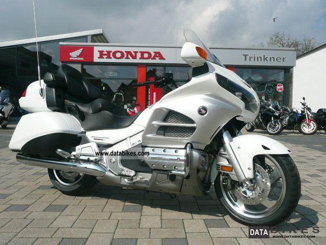 Honda  GL 1800 GOLDWING NEW NAVI 2012 AIRBAG 2011 Tourer photo
