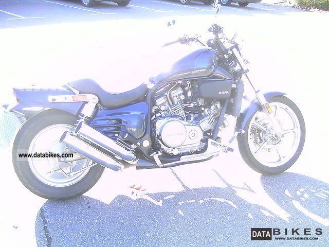 1992 Honda  VF 700 C Super Magna Motorcycle Chopper/Cruiser photo