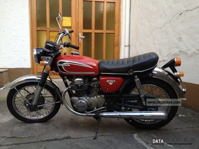 Honda  CB 250 1972 Vintage, Classic and Old Bikes photo