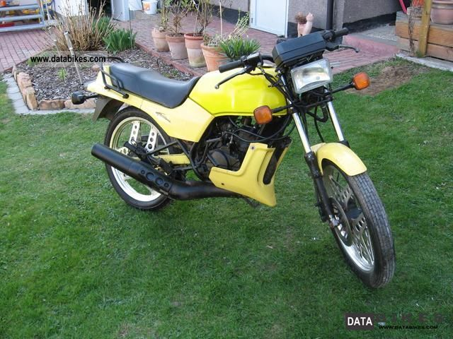 1985 Honda  MBX 80 Motorcycle Lightweight Motorcycle/Motorbike photo