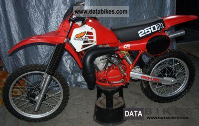 1981 Honda  Elsinore CR 250R Motorcycle Rally/Cross photo
