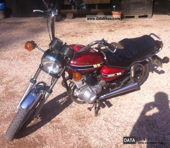 1985 Honda  CM 200 T Motorcycle Chopper/Cruiser photo