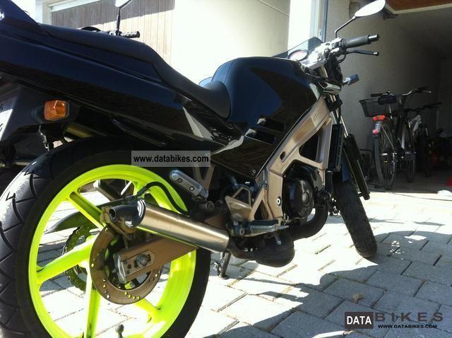 1990 Honda  Nsr 125 Motorcycle Lightweight Motorcycle/Motorbike photo