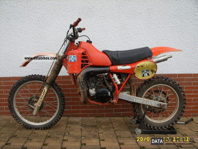 1984 Honda  CR 250 R | kg 50 hp / 90 | 2-stroke Motorcycle Super Moto photo