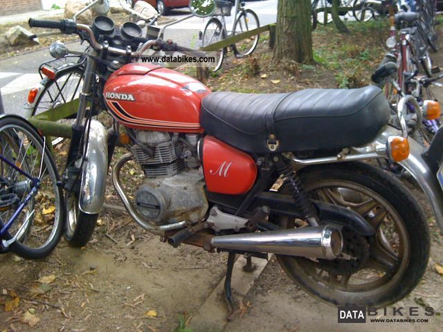 Honda  CB 250 1979 Vintage, Classic and Old Bikes photo