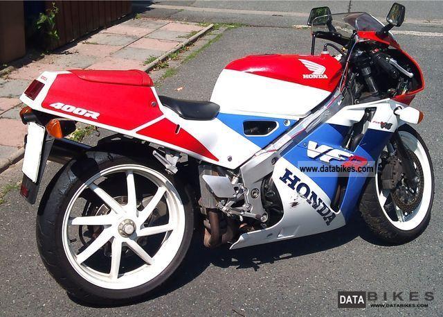 1998 Honda  VFR400NC30 Motorcycle Sports/Super Sports Bike photo