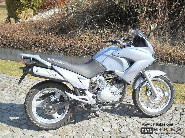 2008 Honda  XL 125 V Motorcycle Enduro/Touring Enduro photo