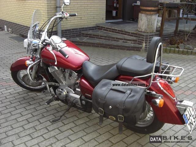 2005 Honda  VT 750 Shadow Motorcycle Chopper/Cruiser photo