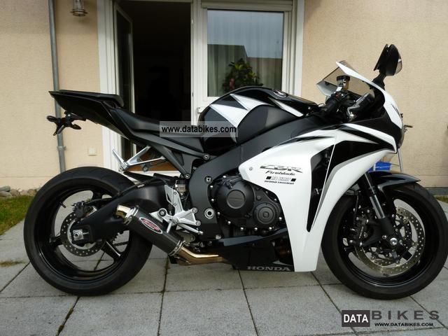 2011 Honda  1000RR Fireblade Motorcycle Sports/Super Sports Bike photo