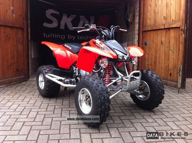 2010 Honda  400 it Motorcycle Quad photo