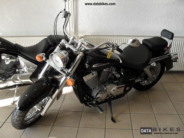2010 Honda  VT750 ABS Motorcycle Chopper/Cruiser photo