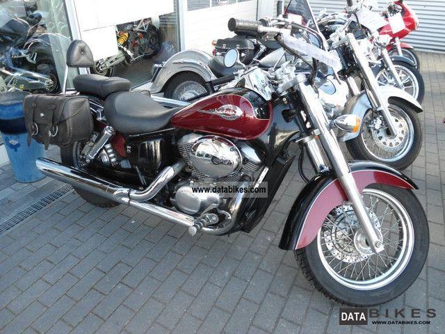 2001 Honda  VT 750 Motorcycle Motorcycle photo