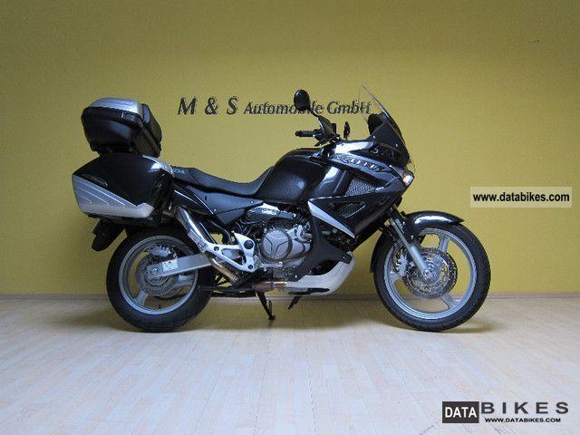 2011 Honda  XL 1000 Varadero \ Motorcycle Tourer photo
